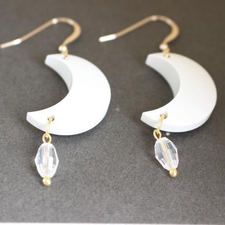 「お月様ピアス」≪白≫ またはノンホールピアス