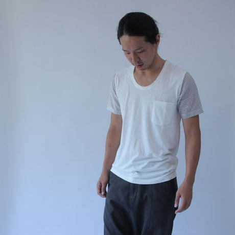 Stripe and Border Sleeve White T-shirt.(Free  SIZE)