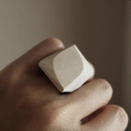 kibi    Leaf ring