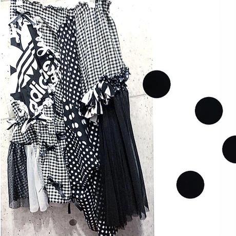 白黒スカート