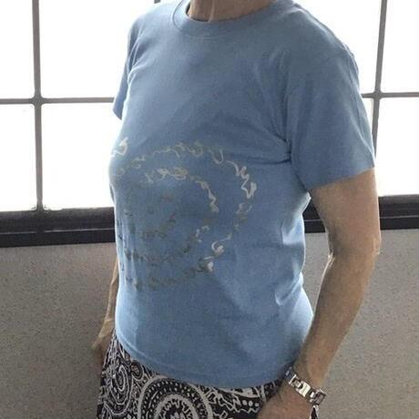 """Tシャツ """"いろは・ひふみ曼荼羅(サックスブルー)""""  XLサイズ(着丈75cm、身幅60cm、袖丈23cm)"""