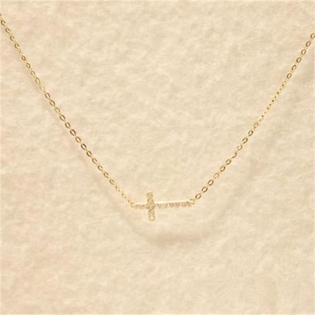 2226a573208667 クロスネックレス ゴールド レディース ダイヤ ネックレス 十字架 人気 ...