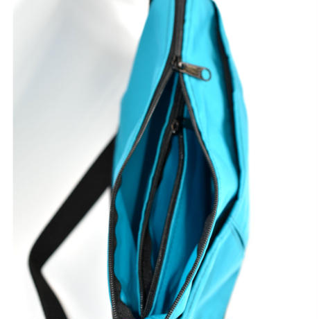 OVAL SHAPED BAG(Mサイズ)  EMERALD