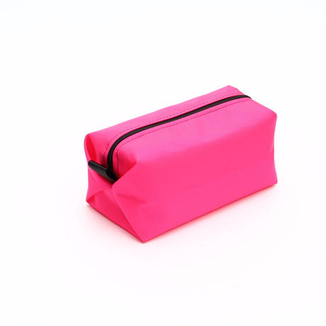 SQUARE POUCH(Mサイズ) HOTPINK
