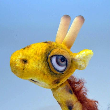 チャタンビレッジ・ベアーズ(アート・ロジャース) / Gliad Giraffe