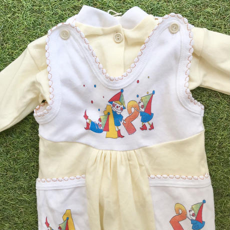 *JurianKinder*lemon baby rompers