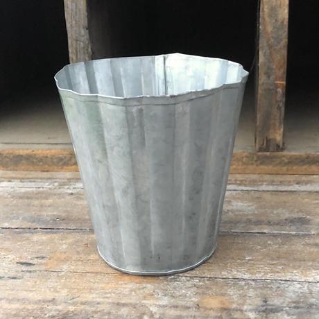 ブリキ鉢 Mサイズ