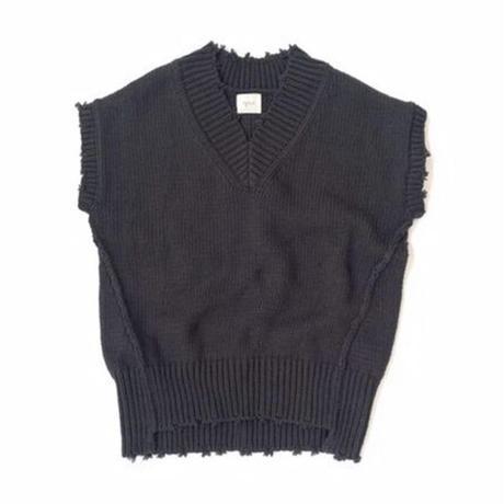 Damage Knit Vest