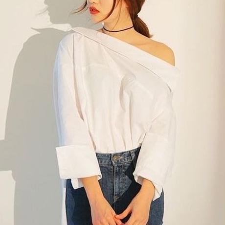 オフショルロングシャツ