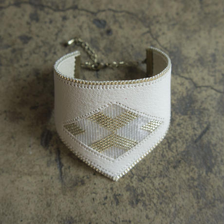 Leather & Beads bracelet white vol.1