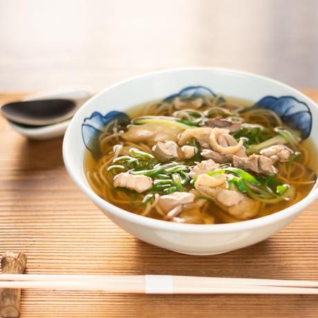 美山地鶏 鶏なんばそば(鶏肉入り出汁+生蕎麦+刻み葱)