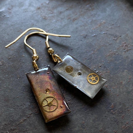 antique dial hook pierced earrings【K0565】