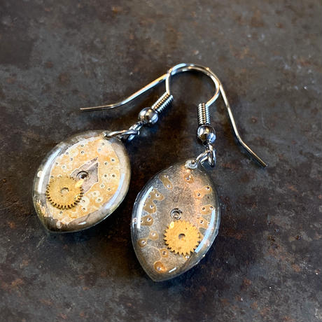 antique dial hook pierced earrings【K0572】