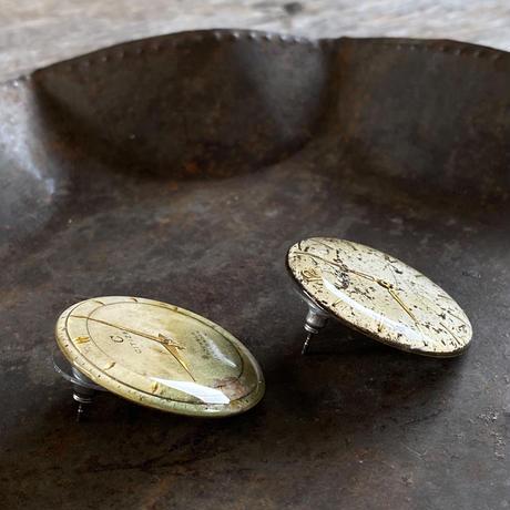 antique damage dial pierced earrings【K0527】