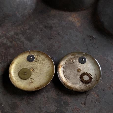 antique damage dial pierced earrings【K0594】