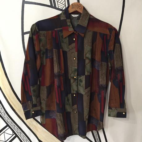 【派手】ヴィンテージ 幾何学模様 日本製 柄シャツ