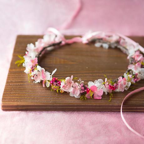 春色ピンクとグリーンの花冠 オーダー受付