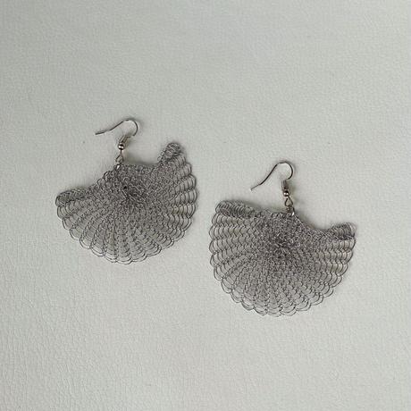 Uchiwa earrings