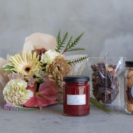 『季節のお菓子とお花のお届け便』母の日の贈りもの/店頭渡し