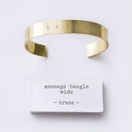 [ 両面刻印可能 ] <ワイドサイズ>メッセージ刻印 バングル B1337G134