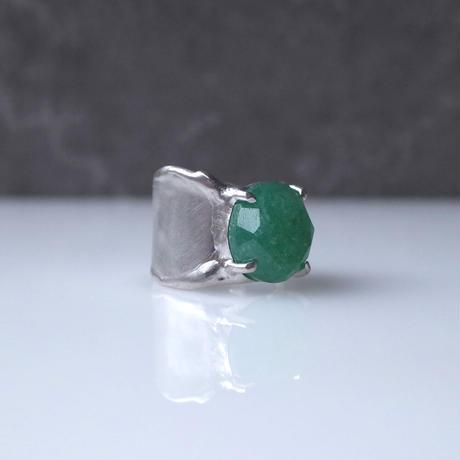 Charm Ring  №448 / Green aventurine quartz