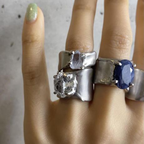 Charm Ring  №439 / Dumortierite in quartz
