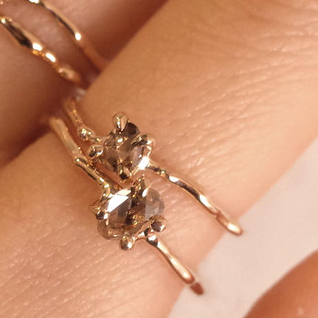 Charm Ring  №397 / Diamond