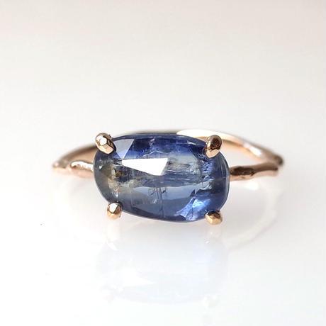 Charm Ring  №491 / Kyanite