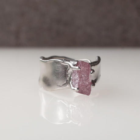Charm Ring  №480/ Spinel