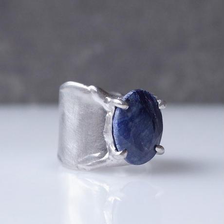 Charm Ring  №443 / Sapphire