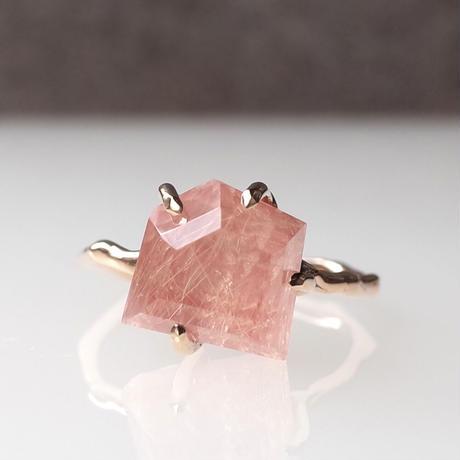 Charm Ring  №421 / Rutilated Incarose