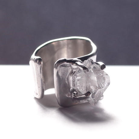 Charm Ring  №386 / Herkimer Diamond