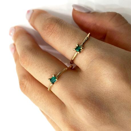 Charm Ring №305 / Emerald
