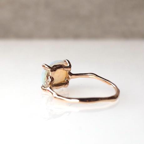 Charm Ring  №492 / Opal