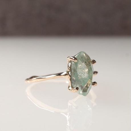 Charm Ring  №415 / Green Phantom Quartz