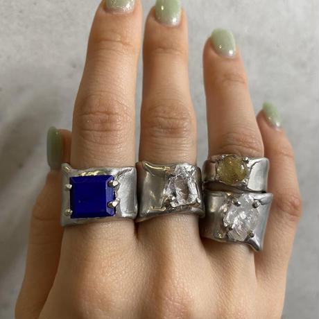 Charm Ring  №453 / Moonstone