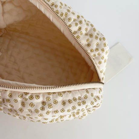 【konges sloejd 】QUILTED TOILETRY  BAG/BUTTERCUP YELLOW