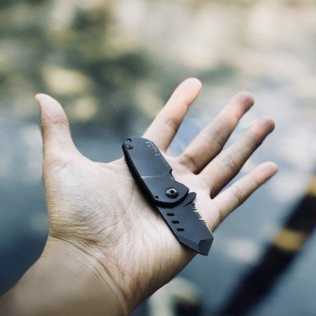 BOMBER & COMPANY B-2 BLITZ 超小型 アウトドアナイフ 折り畳み式 フォールディングナイフ