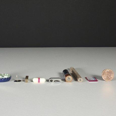 世界最小クラスのマルチツール Claw Titanium 全長18mm 超コンパクト 多機能 マルチツール 8 in 1 EDC クロー チタン