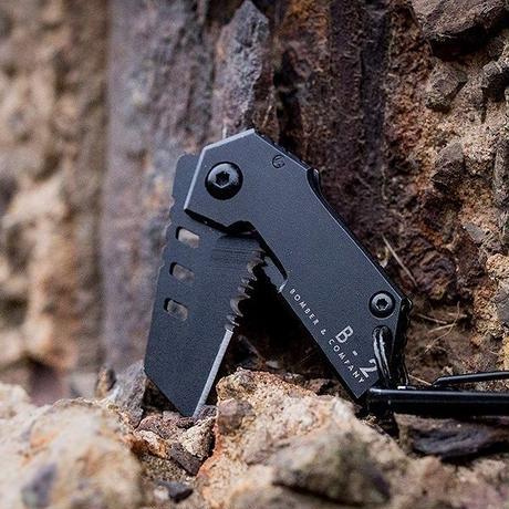 BOMBER & COMPANY 超コンパクト 折りたたみ式 サバイバル ナイフ B-2 Nano Blade Tactical Pocket Knife ナノブレード