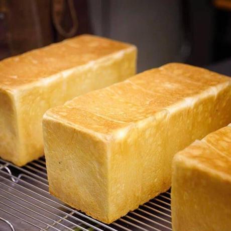 【4本入】無添加「生」高級食パン3.26cm
