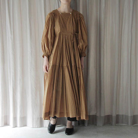 TOWAVASE Artisan dress (camel)
