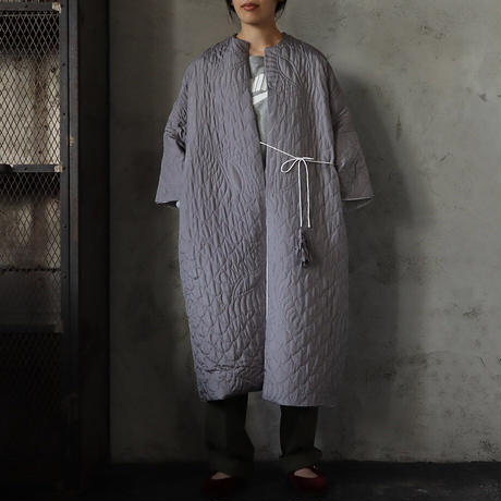 TOWAVASE silk quilt robe (gray)
