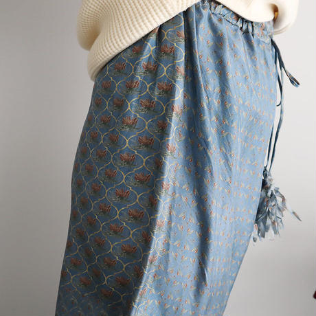 TOWAVASE sarasa silk pants (blue)