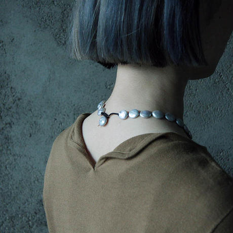 MAISON RUBUS. new moon necklace