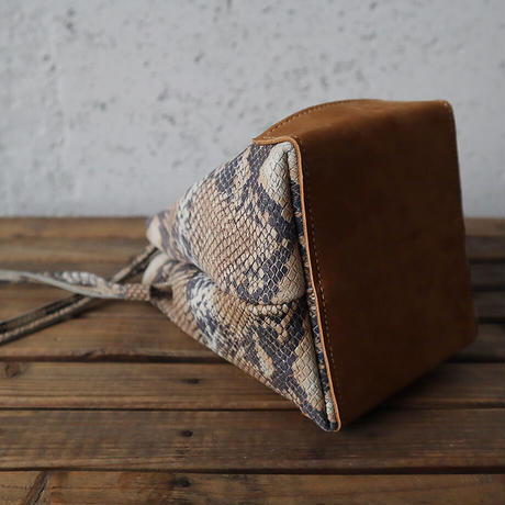 chiihao squeeze bag (S)  python
