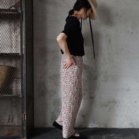 Le pivot flower print  rough pants (pink mix)