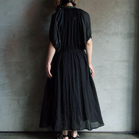 Tabrik linen dress black