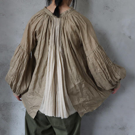 Tabrik back pleats blouse ( khaki)