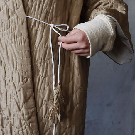 TOWAVASE silk quilt robe (beige)